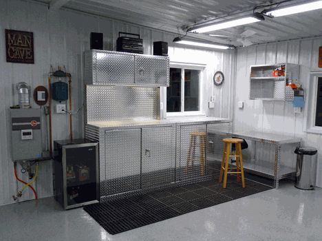 53 best images about diamond plate garage cabinets on for Garage piece auto