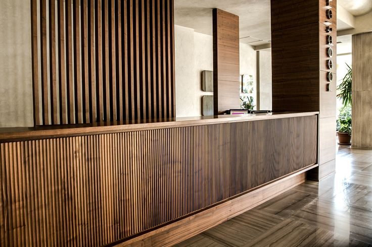 Sunrise Hotel Reception Desk
