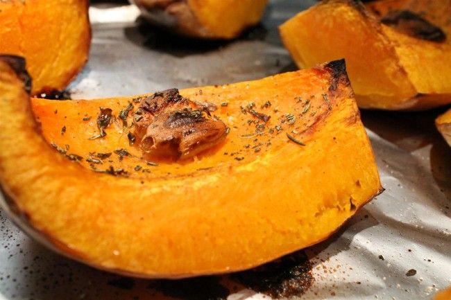 A jó sült tök íze függ a fajtától is, de sütőtök sütése közben sokan elfelejtkeznek a legnagyobb titokról, a fűszerekről.