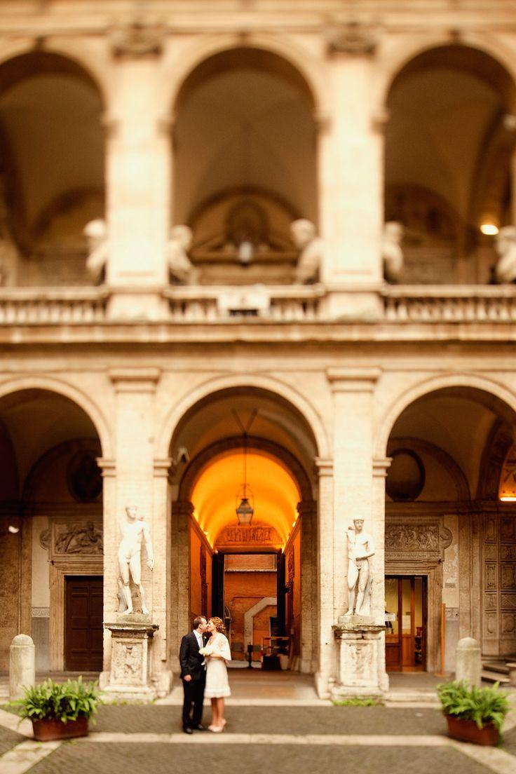 Sessione di ritratto nel centro storico di Roma | Wedding portrait session in Rome Centre