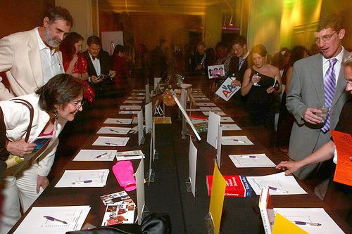 7 tips on how to organize and run a Silent Auction