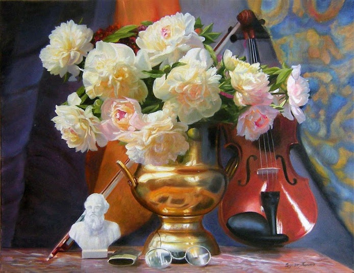 Still Life by Zbigniew Kopania Henry a painter and cinematographer, who was born: December 21, 1949 in Lodz – Poland.  Images that he paints are characterized by a very high realism; some of them deserve to be called hyper-realistic.  His paintings can be seen almost always with excellent color saturation, high contrast and carefully worked out details.  His works are in private collections in Poland and in many countries around the world.
