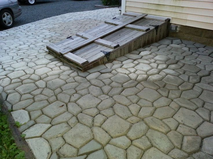 ... I Started A HUGE Project To Make A LARGE Patio! The Great Thing About  The Walk Maker Form Is That ...