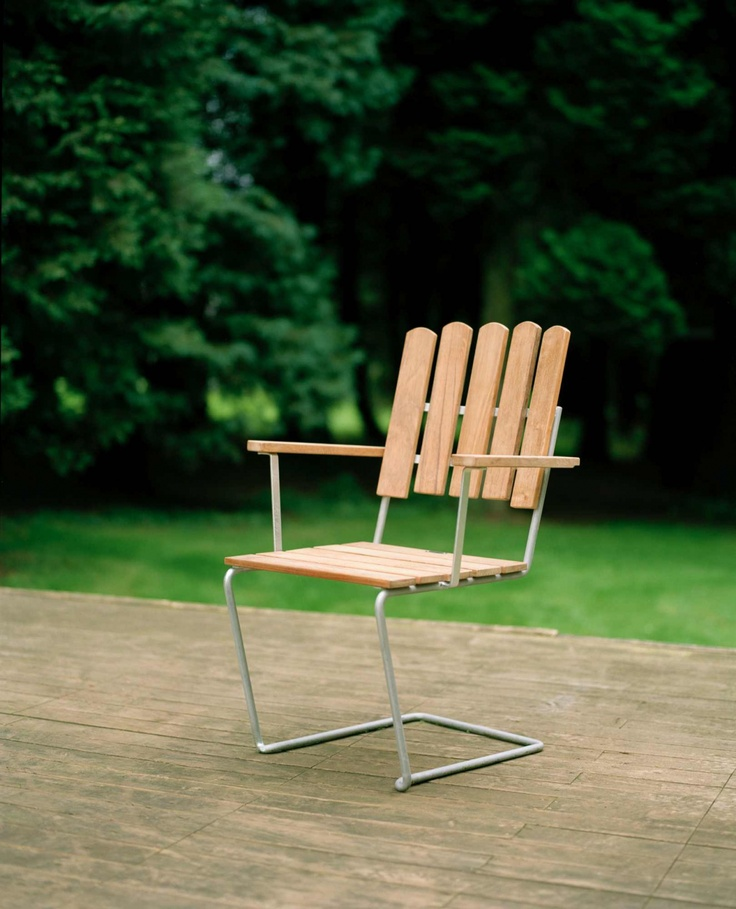 Armchair A2 from Grythyttan Stålmöbler. Design by Artur Lindqvist. #outdoor #chair #classics