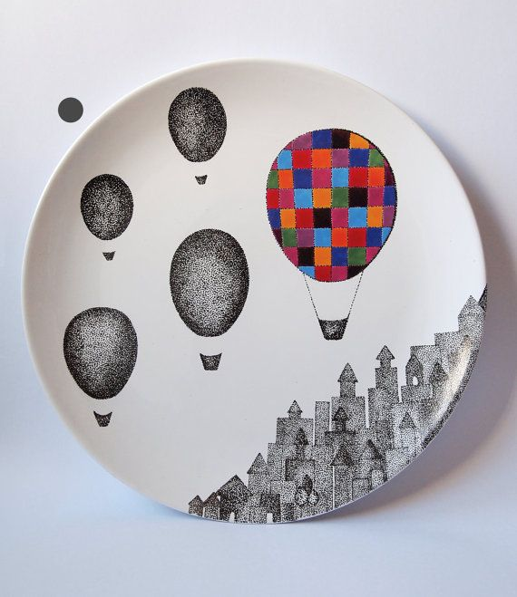 Plaid Balloon Wall Hanging Plate от ZuppaAtelier на Etsy