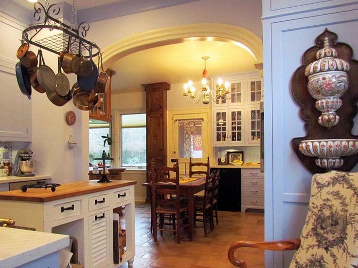 Mediterranean Kitchens | Kitchen Designs - Choose Kitchen Layouts & Remodeling Materials | HGTV