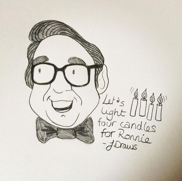 I did a doodle last week as a tribute to Ronnie Corbett but I didn't post it because I'm not sure the likeness is quite right but here it is anyway.