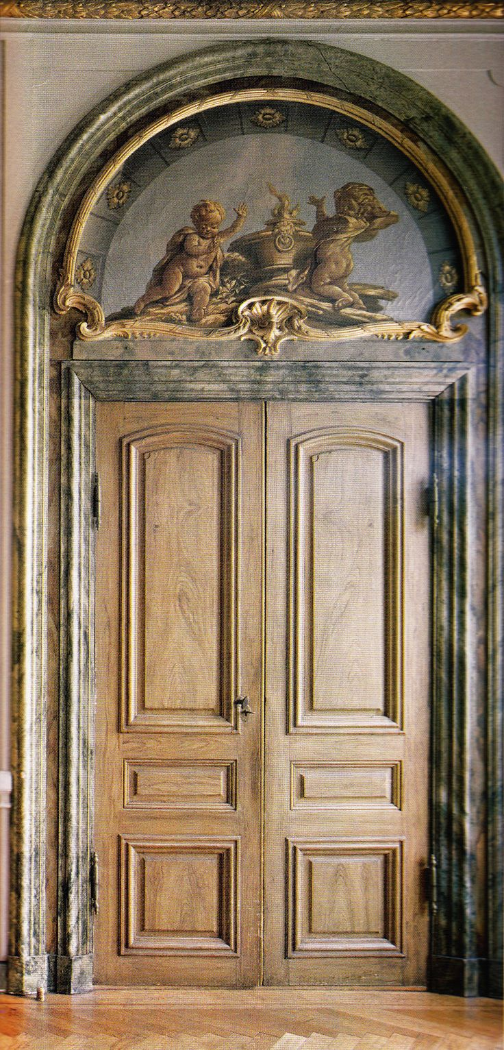 TRIM DETAIL – How to bring out your home's character with trim. Stora Wäsby - Swedish Castle