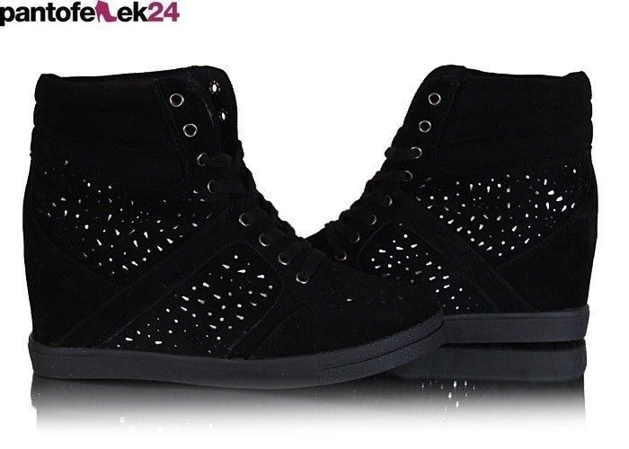 Czarne trampki z krysztalkami / Black sneakers with crystals / 39,90 PLN #sneakers #summer #white #trampki #crystals #autumn #jesień #autumn #fashion