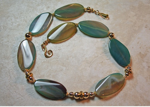 14K Gold Green Varigated Agate Necklace