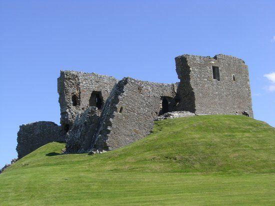 Photo of Duffus Castle