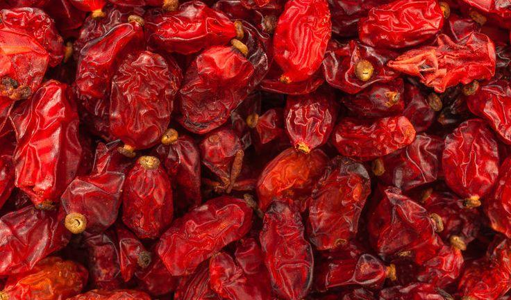 Das Rezept | Zereshk Polo pa Morgh – Persischer Reis mit Berberitzen und Huhn