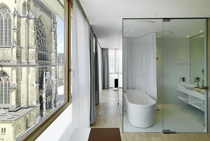 glass wall for the bathroom #bathroom