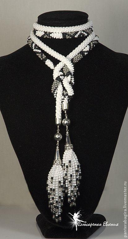 """Купить Лариат """"Ванесса"""" в белом - лариат, лариат из бисера, галстук из бисера, Галстук вязаный"""