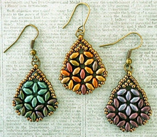 Linda's Crafty Inspirations: Playing with my beads...Beth SuperDuo Earrings & Variation: