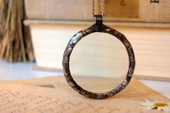 Hoi! Ik heb een geweldige listing op Etsy gevonden: https://www.etsy.com/nl/listing/245840571/vergrootglas-ketting-vergrootglas-hanger
