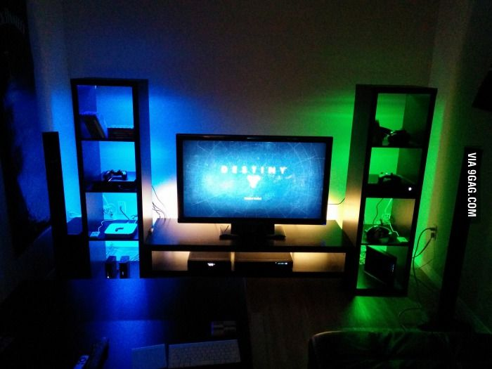my ps4 xboxone gaming setup jugendzimmer jungs und praktisch. Black Bedroom Furniture Sets. Home Design Ideas