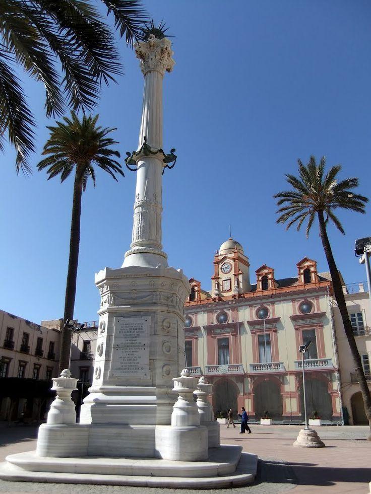 Almería Plaza de Constitución - photo: Robert Bovington #Alcazaba #Almeria #Andalusia #Spain #España http://bobbovington.blogspot.com.es/2012/02/alcazaba-almeria-article-by-robert.html