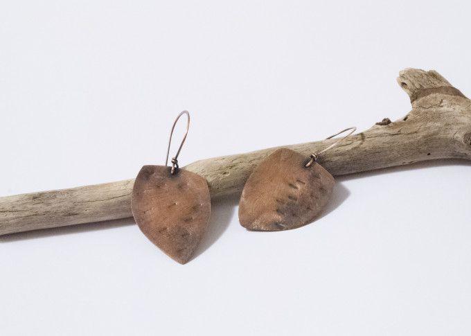 Tormentati - Orecchini in lamina di rame e patina