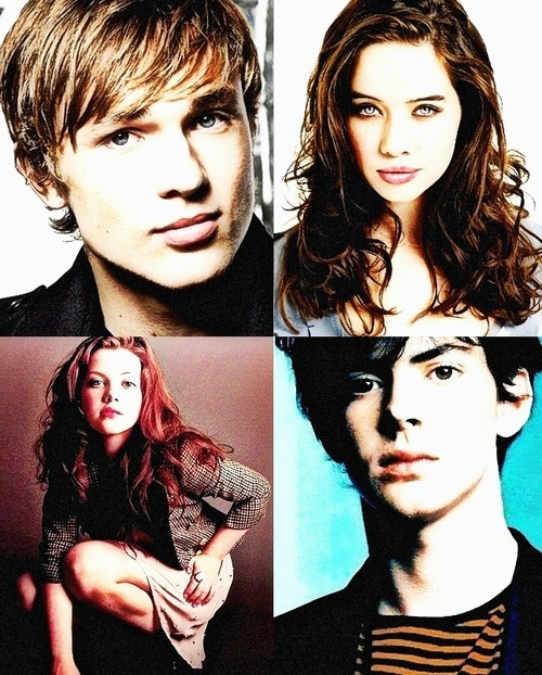 The Chronicles of Narnia Cast - William Mosely, Anna Popplewell, Georgie Henley, and Skandar Keynes