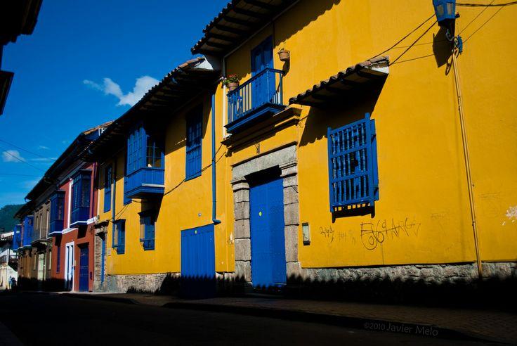 Casa Amarilla barrio la Candelaria ~ colonial