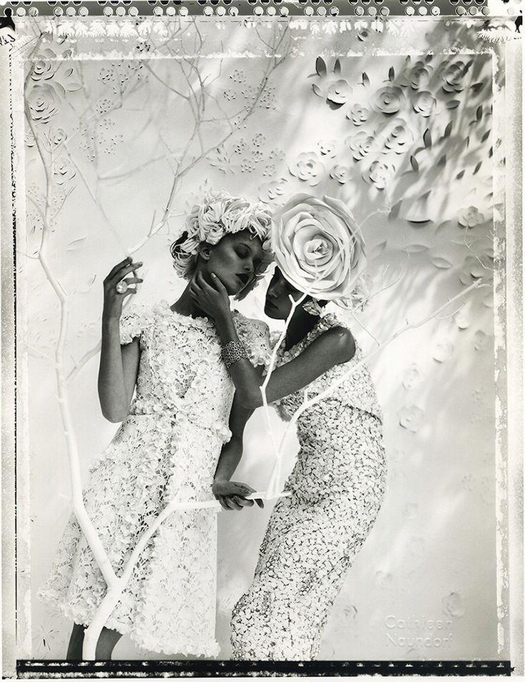 Les deux Camelias - Chanel– Cathleen Naundorf – Photograph
