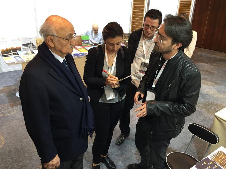 ÇEKÜL Vakfı Başkanı Metin Sözen, Tarih ve Teknoloji Dergisi standını ziyaret ederek, başarılar diledi. Kendisine teşekkür ediyoruz.