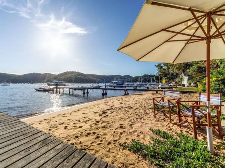 Pittwater waterfront beach house. Right on the water