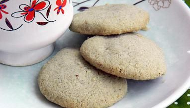 Pearl Millet Almond Cookies Recipe (Eggless)