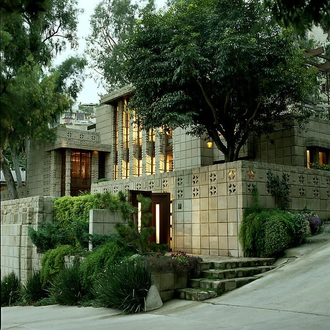 Storer House. Frank Lloyd Wright