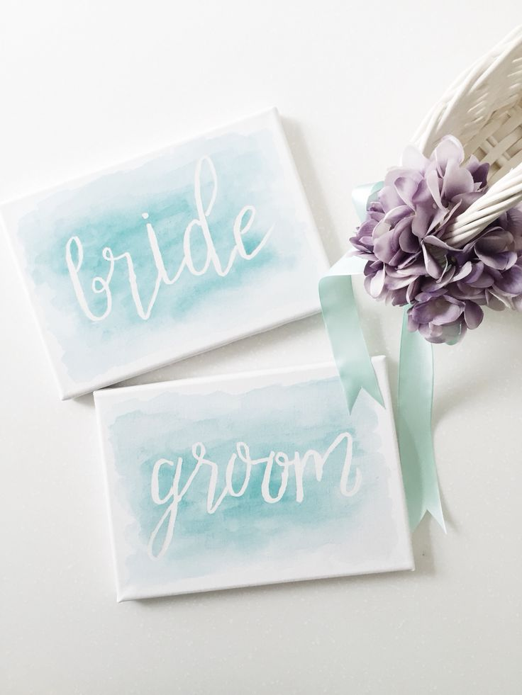 Bride & groom sign for a Mint & Purple wedding