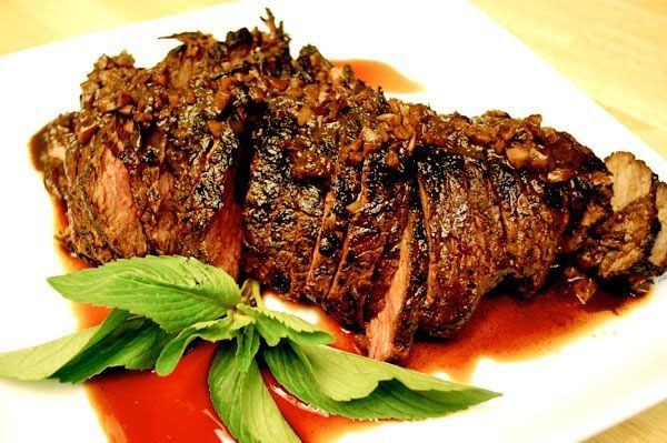 Grilled Tri Tip with Red Wine Marinade Recipe: garlic, salt, dry red wine, balsamic vinegar, soy sauce honey and beef tri tip (or London broil). ▲▼▲▼▲