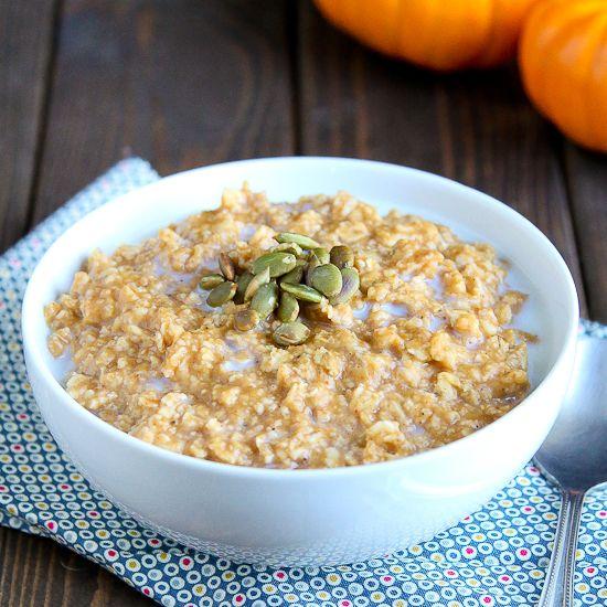 Pumpkin Pie Oatmeal | Breakfast food | Pinterest