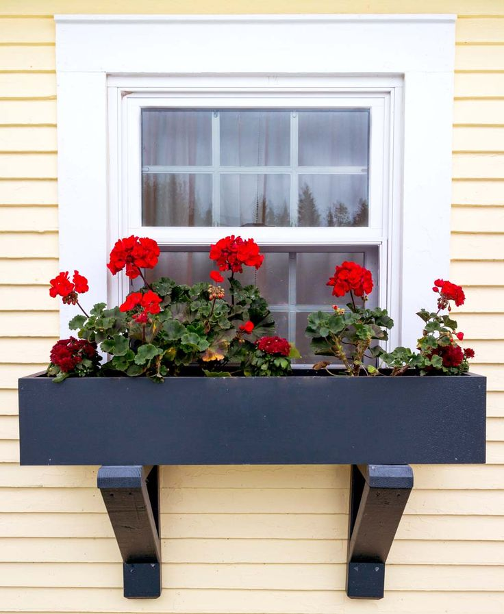 Installing Window Boxes on Vinyl Siding #DIY window box plans for installation #curbappeal