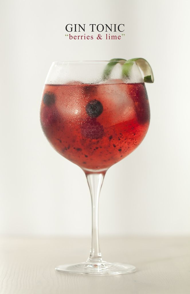 "Gin Tonic ""Berries & Lime"" - Lost in Cupcakes"