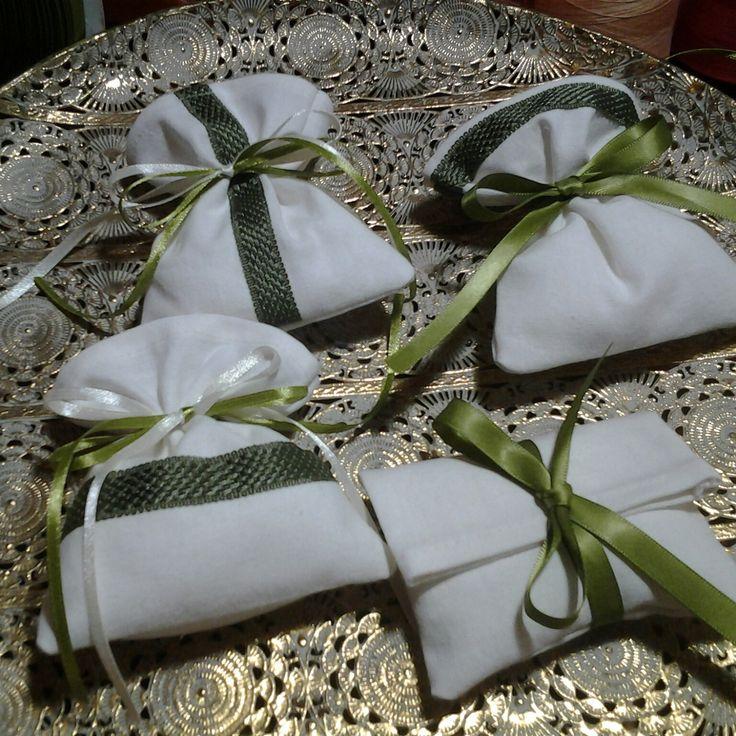 Matrimonio , sachettini porta confetti