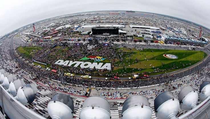 Watch 2016 Daytona 500 Live Streaming You can watch the full race  daytona 500 on this site. The streaming will be of best quality and will be added 1 hour before the start of the race.