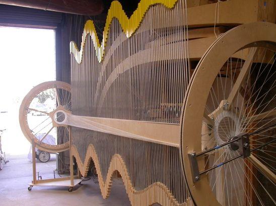 Reuben Margolin's moving sculpture - yellow wave