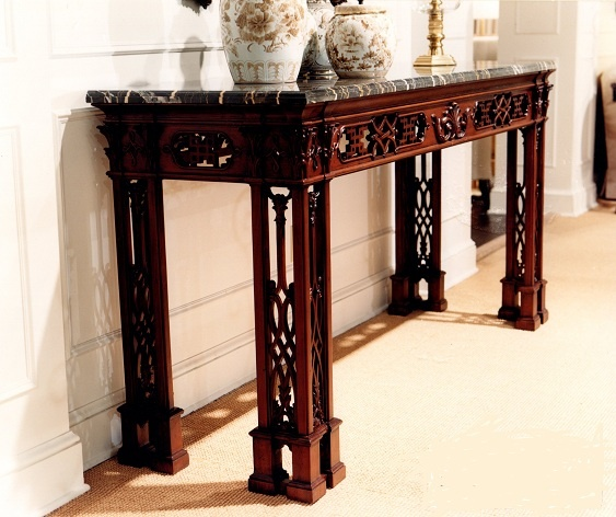 Ralph Lauren Chinoiserie Console / Mahogany (retired / Vintage) W74 D24  H37.75
