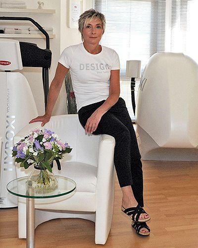 """Ihr Weg zum eigenen autorisierten HYPOXI-Studio.  HYPOXI-Studio Hagen, eine Erfolgsgeschichte! Inhaberin Susanne Gebhardt erzählt:  """"Im Herbst 2004 fiel meine Entscheidung, ein Studio für Frauen und Männer zu eröffnen! Dieses sollte nach dem Motto 'all die Sachen, die Frauen und Männer wollen' konzipiert werden."""