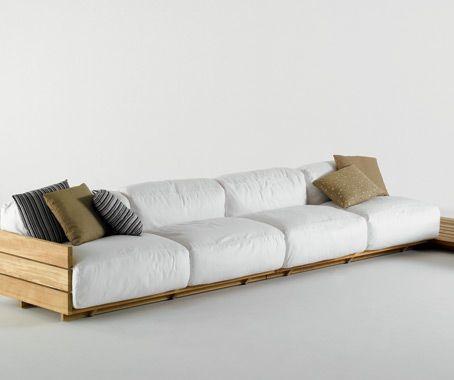 Oversized pallets sofa