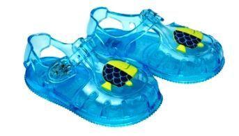 Sandalias cangrejeras infantiles en azul turquesa de Tuc Tuc - Coleccuón Blue Sea - Catálogo de Verano de Tuc Tuc - Mundo Kiriko