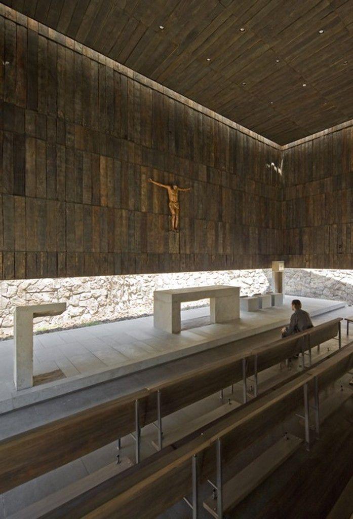 Imagen 9 de 42 de la galería de Capilla del Retiro / Undurraga Devés Arquitectos. Fotografía de Sergio Pirrone