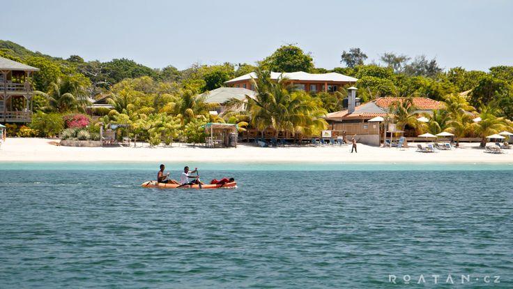 West bay Roatan - Vaše dovolená u moře v Karibiku.