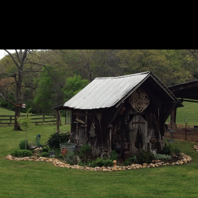 1000 images about chicken coop house world on pinterest for Old farm chicken coops