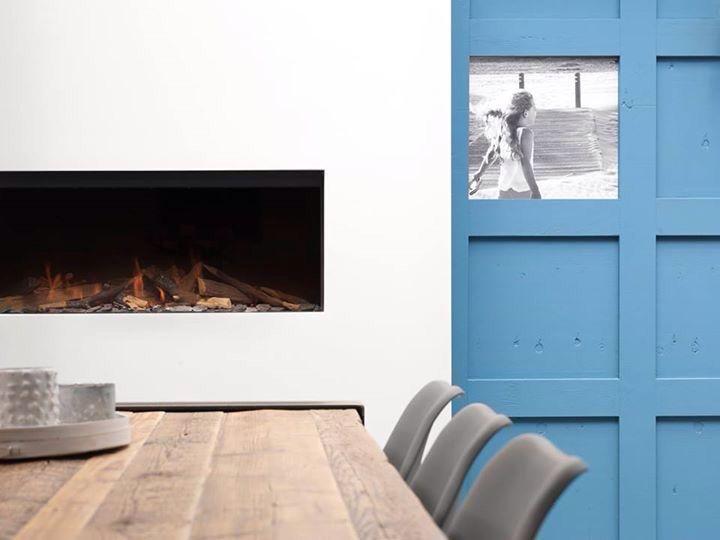 """Eettafel """"Stoer"""" van RUW Meubelen! Een massief sloophouten tafelblad van 6cm dik met een onderstel van ruw staal. ....lekker stoer dus!!  Www.ruw-meubelen.nl"""