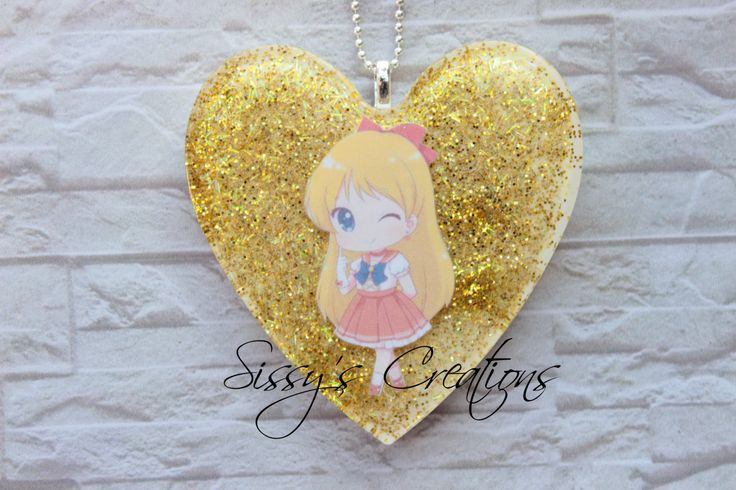 Collana di Sailor Venus in resina - Kawaii di SilviaCreazioniFimo su Etsy