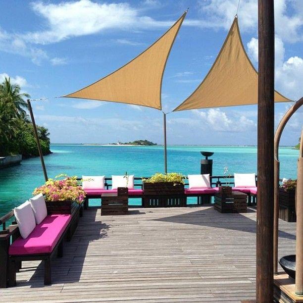 Frukostdax och här är vyn, ser ut att bli en härlig dag :) på #one&only #reethirah #maldiverna #jordenruntmedving #vingresor #ving Läs mer om Maldiverna på http://www.ving.se/maldiverna/maldiverna