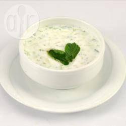 Foto recept: Esma's Cacik Turkse salade voor 6 personen