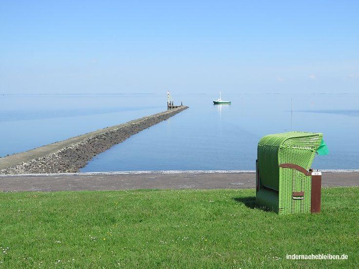 Pellworm ist der meist unterschätzte Ort Schleswig-Holsteins (wenn nicht der Welt) zumindest aber der Nordfriesischen Inseln. Wenigstens in meiner Wahrnehmung ist es so: Alle waren schon mal auf Sylt. Wer noch nicht auf Amrum war, will irgendwann hin. Und Föhr holt seit einigen Jahren gewaltig auf. Aber Pellworm? Pellworm vergisst man ja schon beim Aufzählen der Nordfriesischen Inseln. Ach ja, und Pellworm, schiebt man dann nach. Geschweige denn, dass man je auf der Insel gewesen wäre.  …
